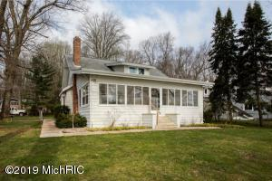 Property for sale at 371 S Gull Lake Drive, Richland,  Michigan 49083
