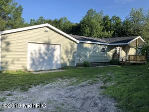 4891 S Eden Lake Road, Custer, MI 49405