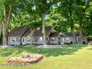 2996 E Beyer Road, Free Soil, MI 49411