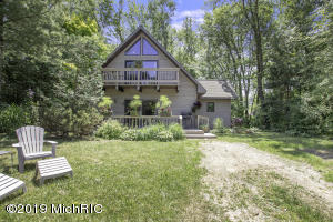 7258 Beach Drive, South Haven, MI 49090