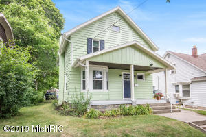 Fresh & Clean Northeast Gem. Newer Kitchen & Bath's, Laminate Floors, Permitted Updated Mechanicals.Stainless Steel Appliances ,Large Enclosed Rear Porch.  This Light & Bright Home is a Pleasure to Show.