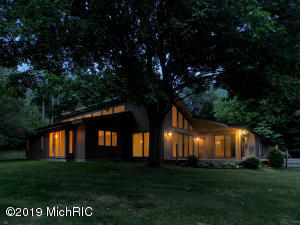 Property for sale at 15000 Marshfield Road, Hickory Corners,  Michigan 49060