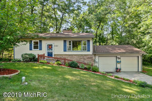 Welcome to 3161 Thornapple River Drive!