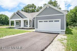 13924 Meadow Oak Drive, Greenville, MI 48838