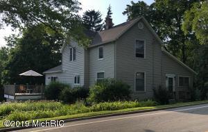 1865 Perkins Avenue NE, Grand Rapids, MI 49505