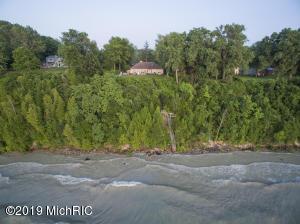 4010 Evergreen Lane, Benton Harbor, MI 49022