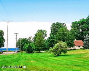 12665 Lakeview Road, Bear Lake, MI 49614