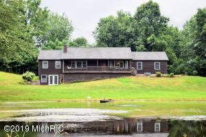 6449 Black Lake Road, Eau Claire, MI 49111