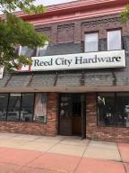 114 W Upton Avenue, Reed City, MI 49677