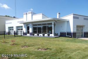 1104 Portage Street, Kalamazoo, MI 49001