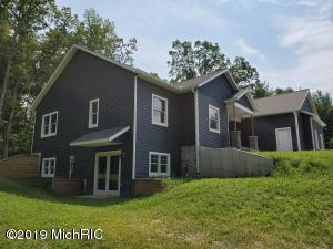 15510 Ryan's Creek Way, Big Rapids, MI 49307