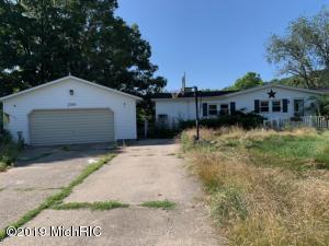 7025 Peck Lake Road, Saranac, MI 48881