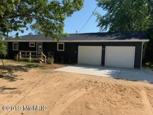 350 Sunset Drive, Sand Lake, MI 49343
