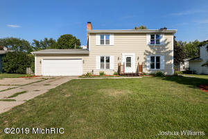 305 Green Meadows Drive, Lansing, MI 48917