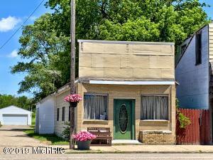 230 W Main Street, Mecosta, MI 49332