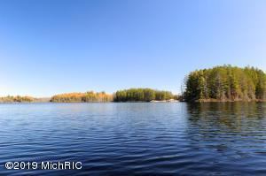 0002 Goose Lake Parcel B, Marquette, MI 49855