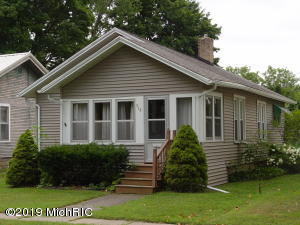 Property for sale at 918 E Madison Street, Hastings,  Michigan 49058