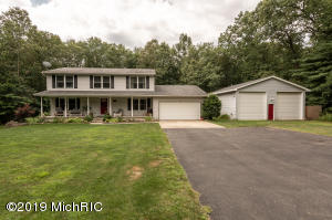 4420 Oak Hollow Court, Hamilton, MI 49419