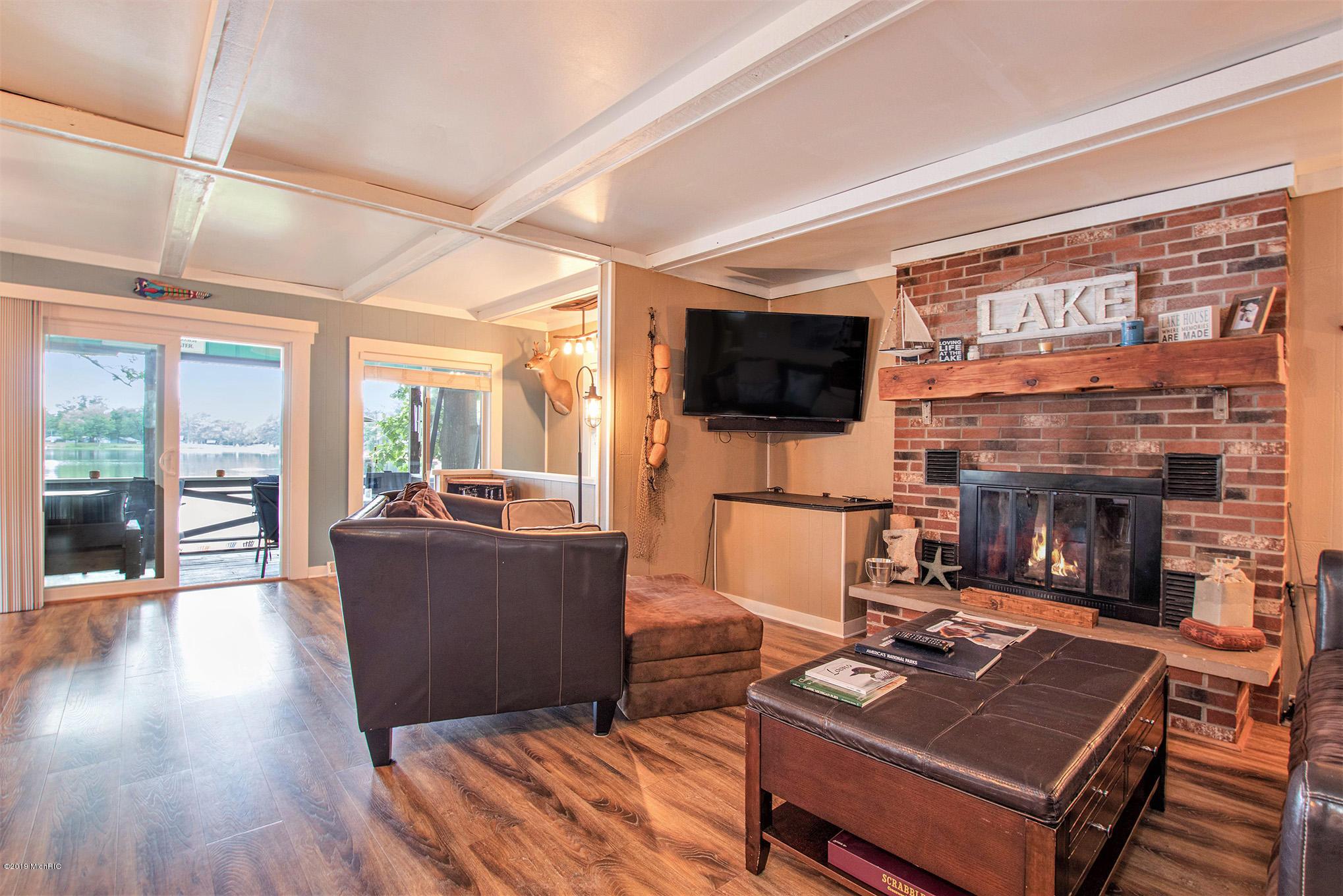 Living Room - lake views
