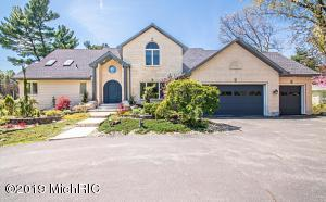 2425 Basswood Path, St. Joseph, MI 49085