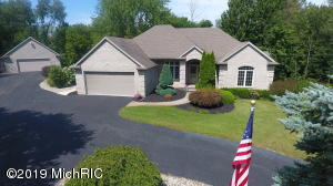 10475 Ivanrest Avenue SW, Byron Center, MI 49315