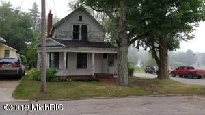 117 N Clark Street, Marion, MI 49665
