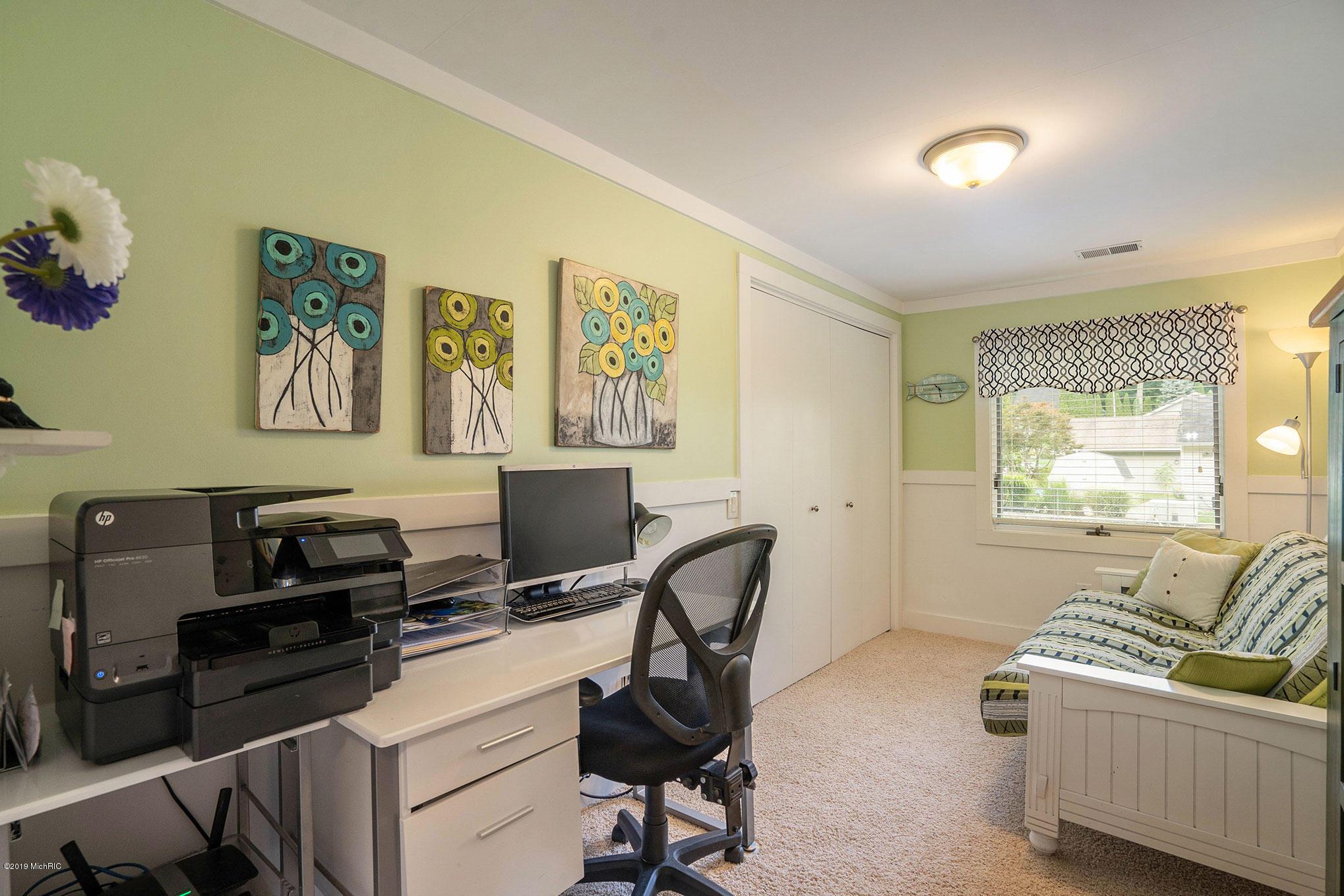 Bedroom #3/Office