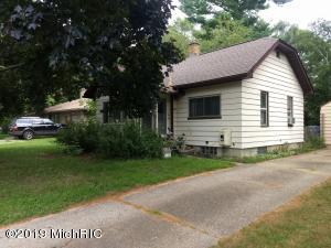 2810 Gerald Avenue NE, Grand Rapids, MI 49505