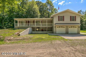 9745 160th Avenue, West Olive, MI 49460