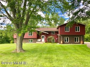 1649 3 Mile Road NW, Grand Rapids, MI 49544