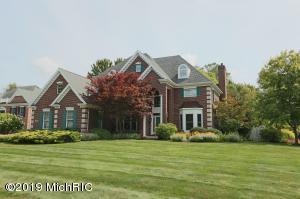 3185 N Estates Drive, St. Joseph, MI 49085