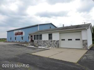 19925 12 Mile Road, Big Rapids, MI 49307