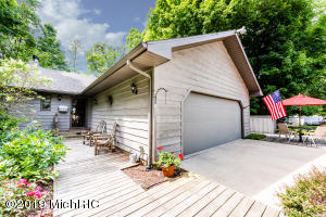 5254 River Road, Sodus, MI 49126