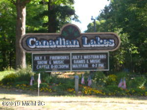 7470 Cessna Lane, Canadian Lakes, MI 49346