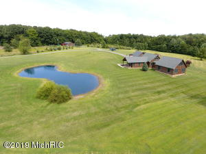 1247 S Kelso Road, Pittsford, MI 49271