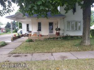 123 E Maple Street, Climax, MI 49034
