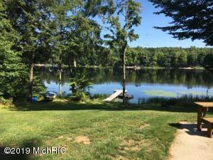 8906 Old Campground Road, Holton, MI 49425