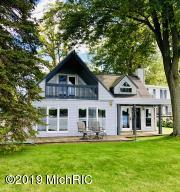 6176 Sunset Beach Beach, Lake Odessa, MI 48849