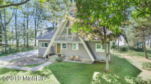 7645 N Old Channel Trail, Montague, MI 49437