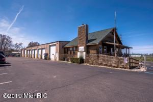 8798 Peck Road, Greenville, MI 48838