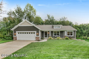 10630 Heather Glen, Middleville, MI 49333