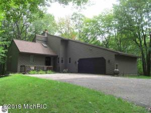 4949 Timber Lawn Court, Cadillac, MI 49601