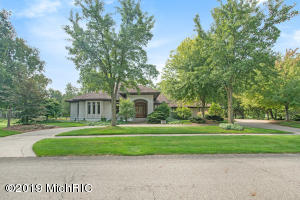 7865 Railside Drive SW, Byron Center, MI 49315