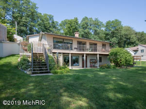 27059 Hillside Court, Sturgis, MI 49091