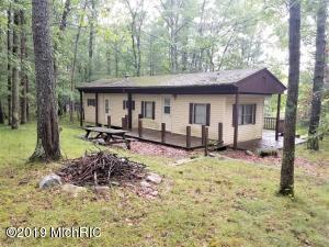 5565 E Marquette Trail, Chase, MI 49623