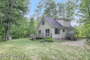 205 Crystal Lane, Roscommon, MI 48653