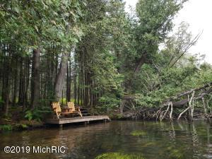 3143 Ruffed Grouse Trail, Grayling, MI 49738