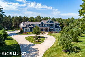 3830 Sandcastle Lane, Holland, MI 49423