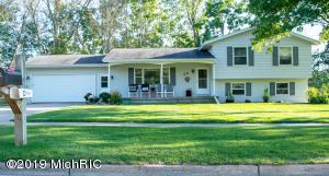 28 Homer Lane, Coopersville, MI 49404