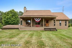 10420 French Road, Litchfield, MI 49252